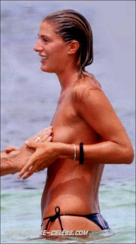 Nude Celebrity Francesca Piccinini Archive