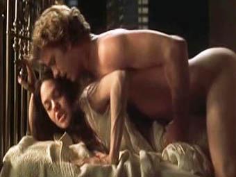 Порно сцены с анджелиной джоли смотреть онлайн 0 фотография
